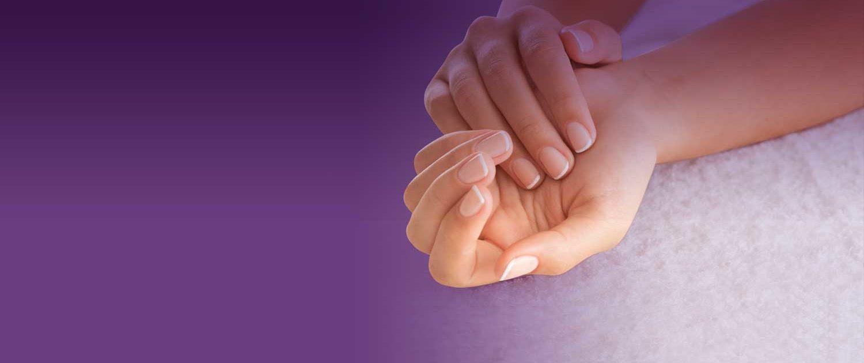Confiez le soin de votre corps à des mains expertes... Mathilde & Valérie, esthéticiennes professionnelles vous reçoivent sur rendez-vous du Lundi au Samedi. Contactez-les au 04 50 51 76 82.
